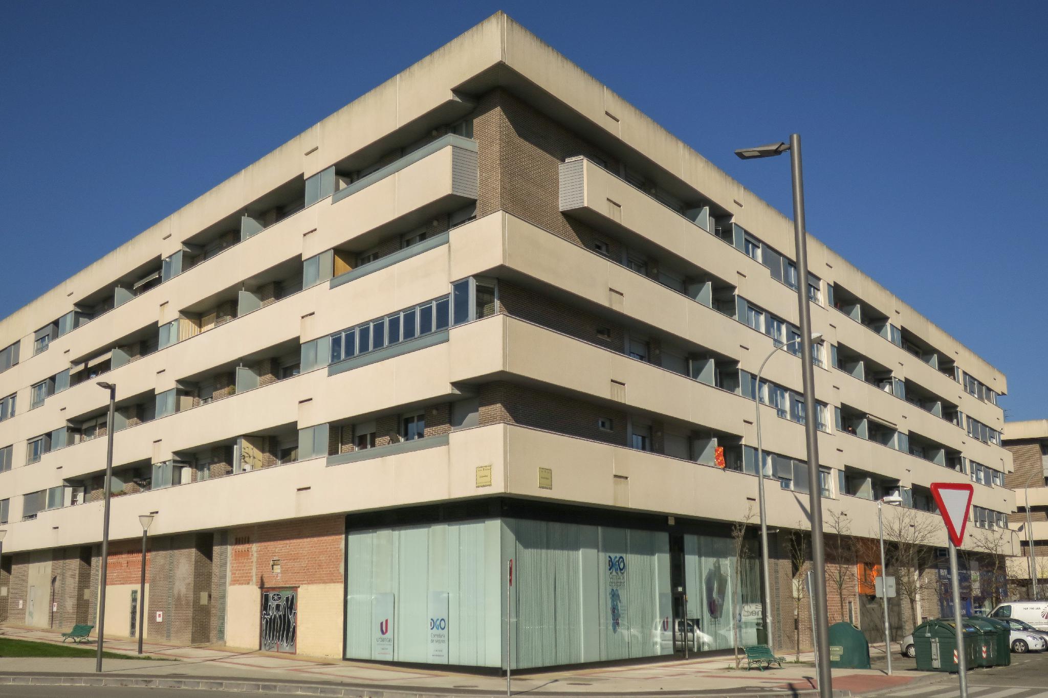 218093 - Zona nueva Junto a Universidad Pública y Sadar