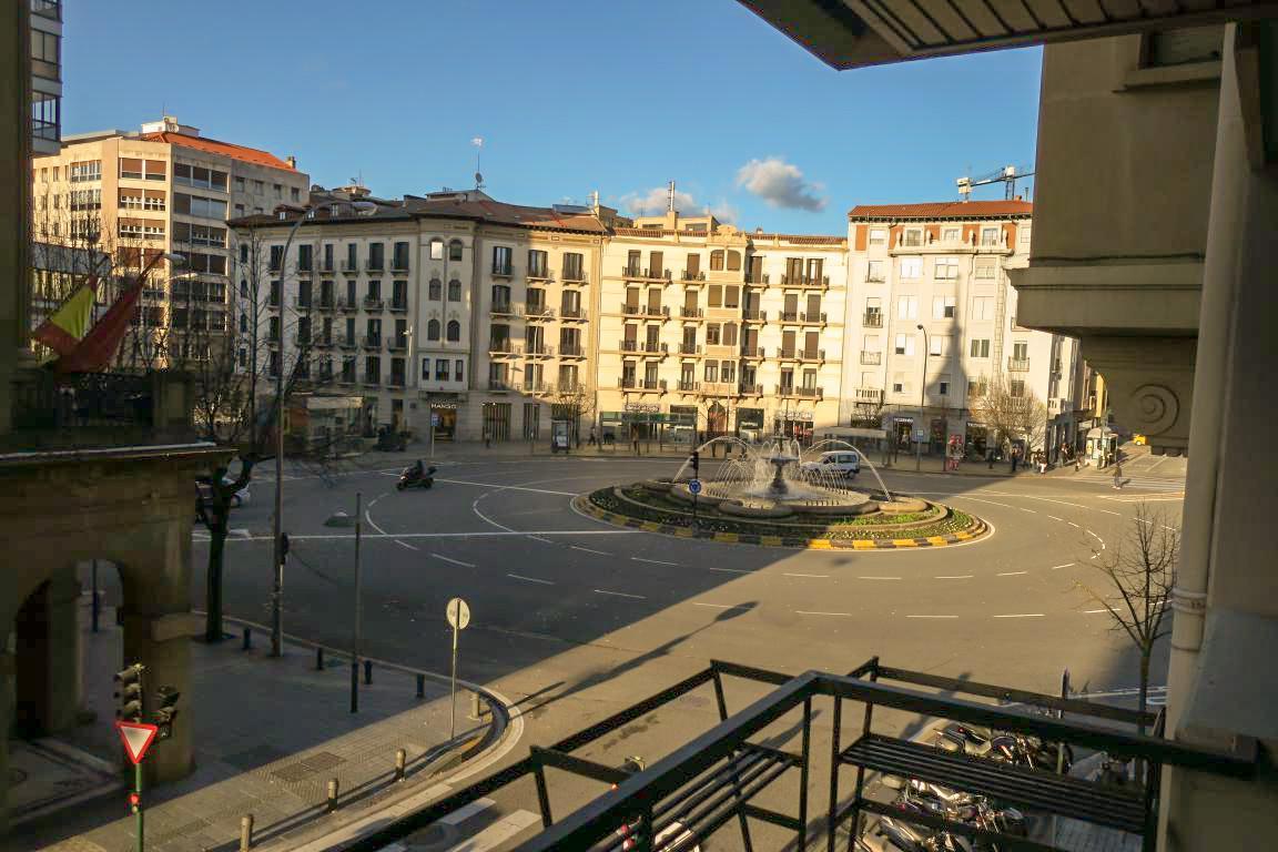 220058 - Zona Plaza Merindades