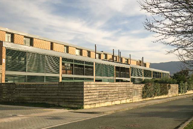 Imagen 1 Inmueble 221197 - Casa Adosada en venta en Pamplona/iruña / Cizur Menor, Centro de la población