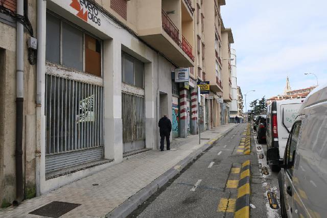 Imagen 1 Inmueble 237525 - Local Comercial en venta en Pamplona/iruña / Junto a Plaza de los Fueros