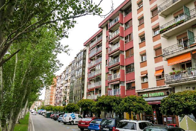 Imagen 1 Inmueble 242444 - Piso en venta en Pamplona/iruña / Calle Iturrama junto a Pio Xii
