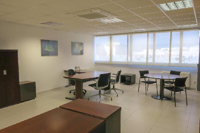 Imagen 1 Inmueble 248484 - Oficina Comercial en venta en Orkoien / Zona Comercial Orcoyen