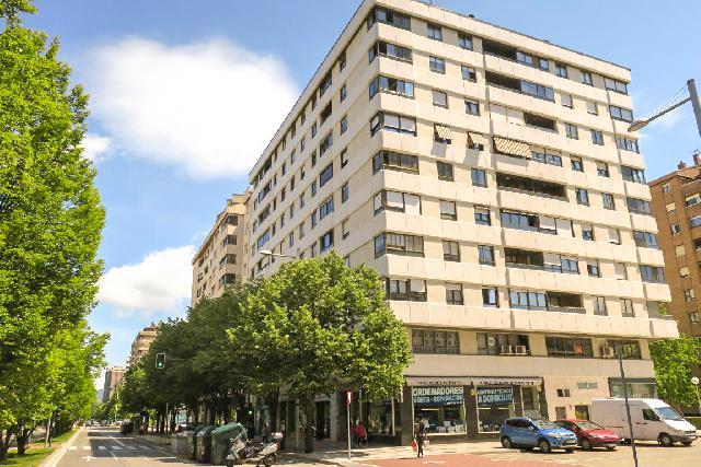 Imagen 1 Inmueble 249961 - Piso en venta en Pamplona/iruña / Pio Xii próximo a Sancho el Fuerte
