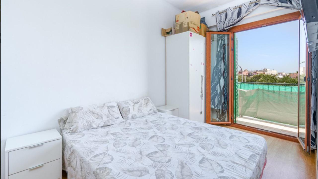 Imagen 3 Piso en venta en Palma / Coll d´en Rabassa - a 400m de la playa de Ciudad Jardin