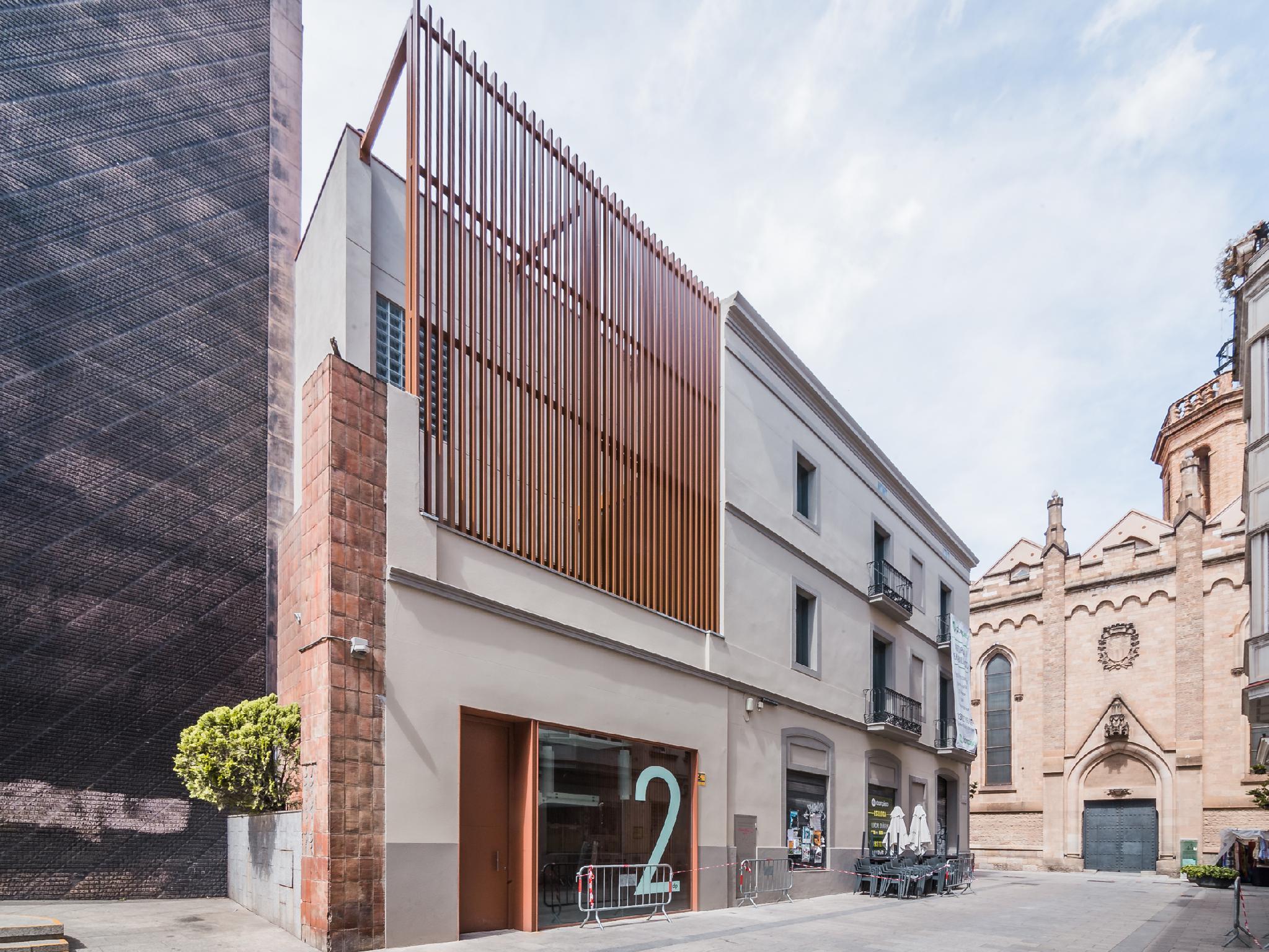 116744 - Junto Ayuntamiento