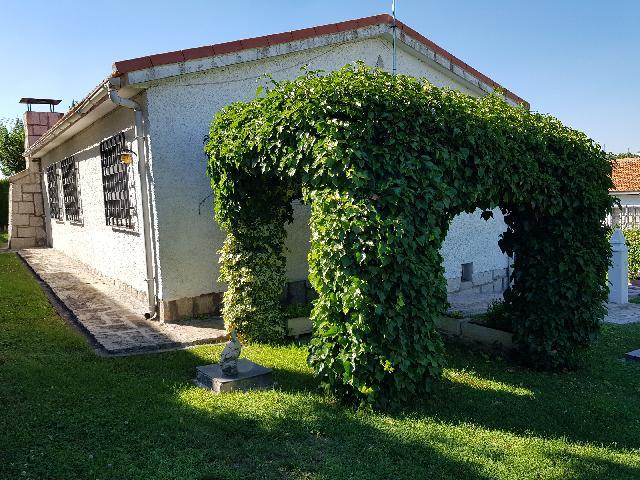 Imagen 1 Inmueble 209118 - Casa en venta en Torrejón Del Rey / Parque de las Castillas