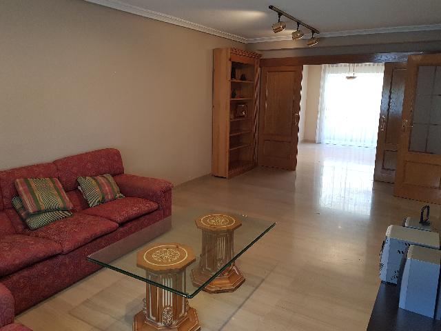 Imagen 1 Inmueble 209572 - Casa Adosada en venta en Guadalajara / La mejor zona de Santa María Micaela