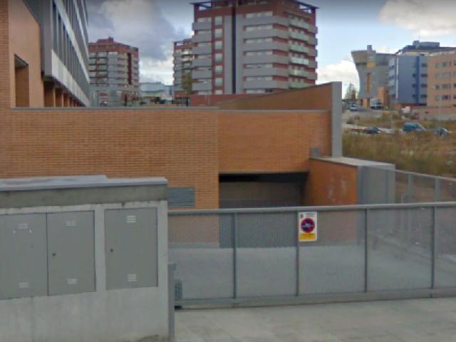 Imagen 1 Inmueble 212002 - Parking Coche en alquiler en Guadalajara / Zona Avda de Francia cerca del Hiper Asia