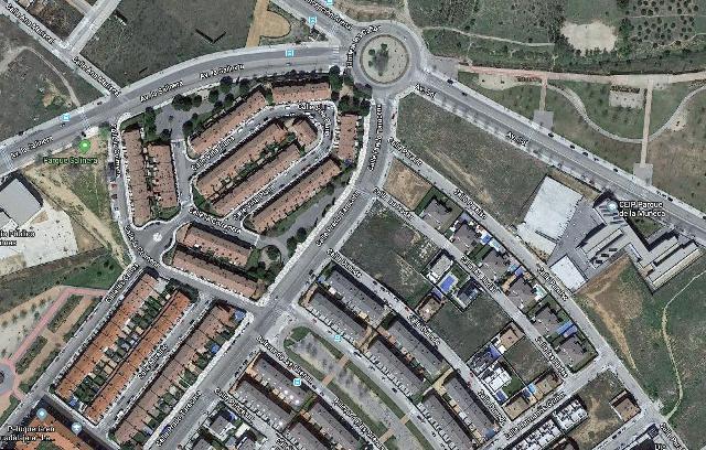 Imagen 1 Inmueble 212297 - Solar Urbano en venta en Guadalajara / Zona Bulevar de las Sirenas- Avenida de Francia
