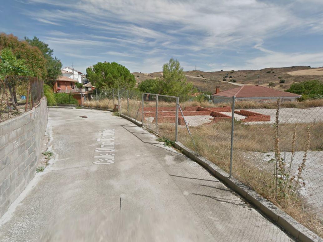 Imagen 2 Solar Urbano en venta en Fuencemillán / Fuencemillán pueblo