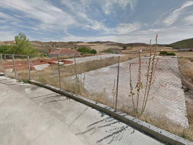 Imagen 1 Inmueble 215602 - Solar Urbano en venta en Fuencemillán / Fuencemillán pueblo