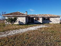 218454 - Casa Rústica en venta en Miralrío / Miralrio salida por cm-1000