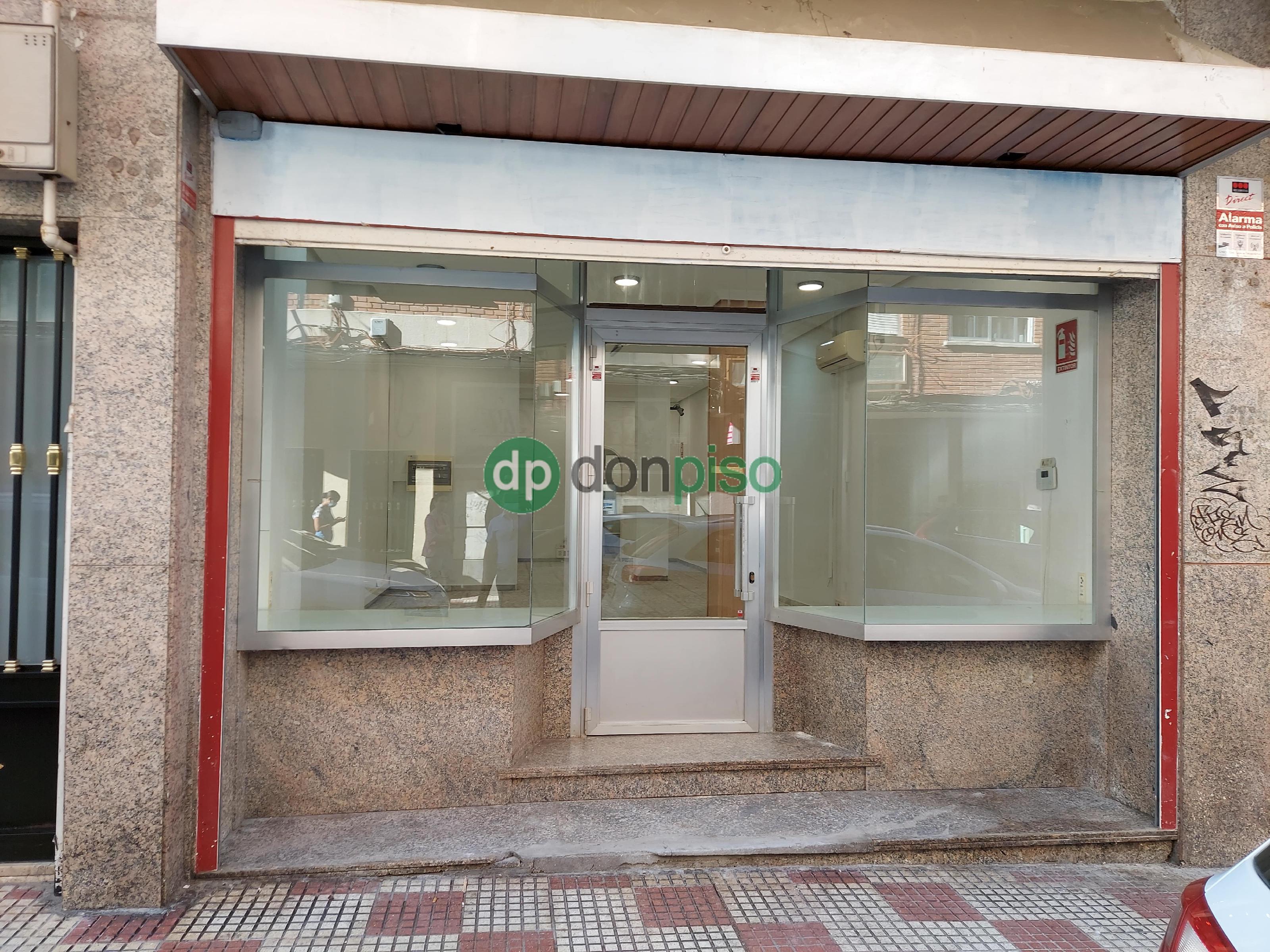 Imagen 1 Local Comercial en alquiler en Guadalajara / Zona de Virgen de la Soledad