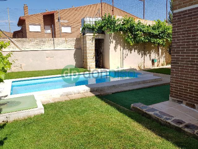 Imagen 1 Inmueble 222210 - Casa en venta en Guadalajara / Junto Rotonda de las Provincias