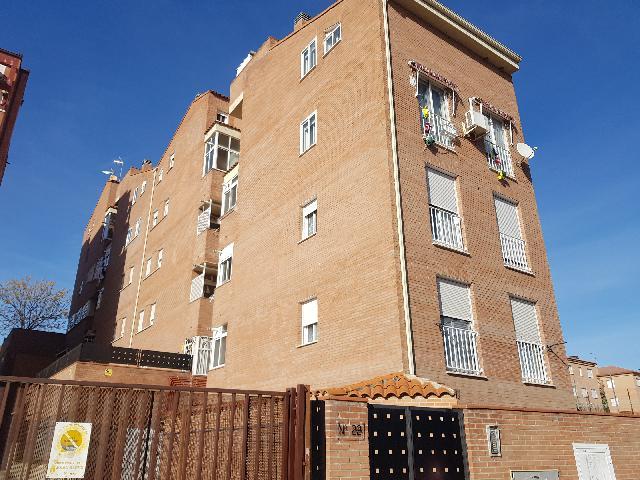 Imagen 1 Inmueble 223148 - Piso en venta en Azuqueca De Henares / Renfe - Colegio Virgen de la Soledad