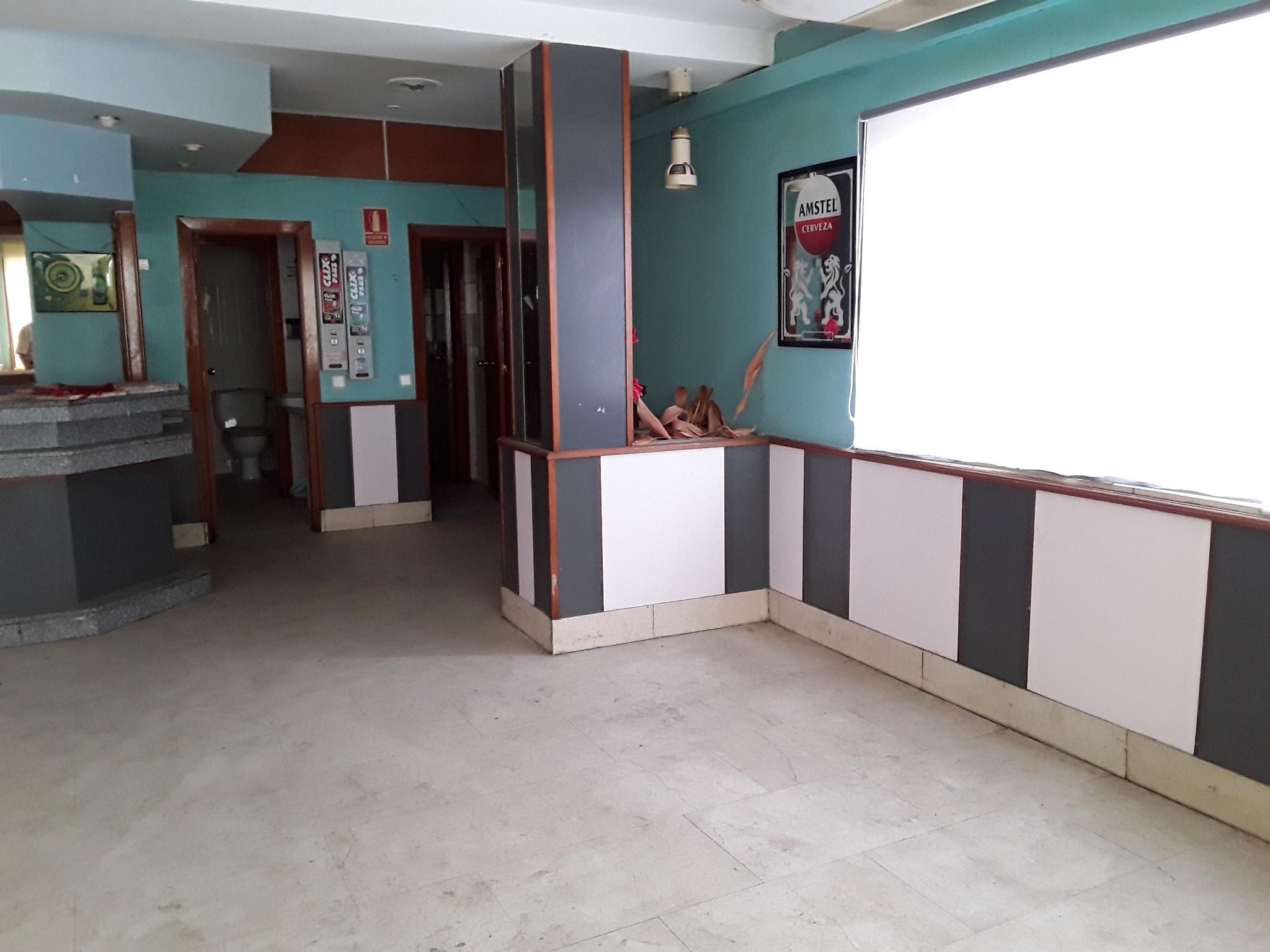 Imagen 2 Local Comercial en venta en Guadalajara / Felipe Solano Antelo