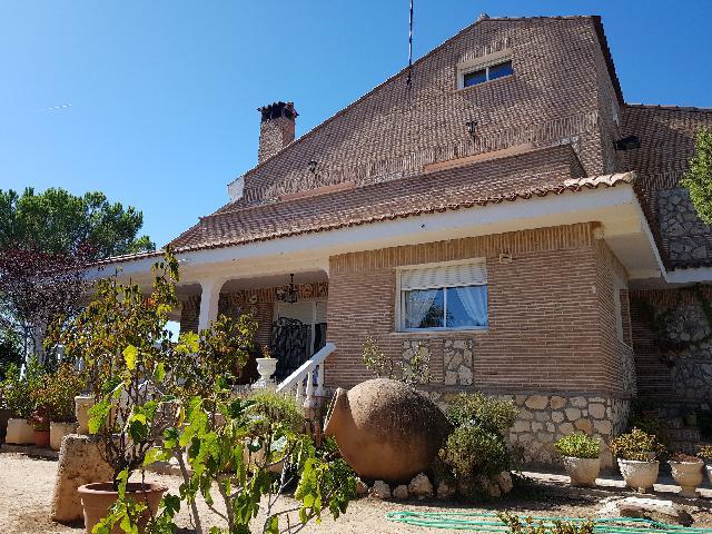Imagen 1 Inmueble 230655 - Casa en venta en Torre Del Burgo / Torre del Burgo pueblo