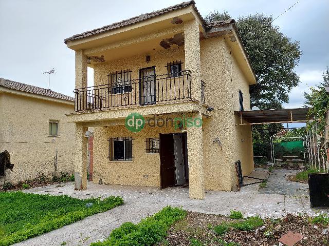 Imagen 1 Inmueble 231520 - Casa en venta en Trijueque / Urbanización La Beltraneja