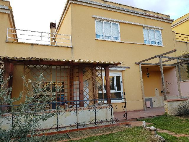 Imagen 1 Inmueble 235839 - Casa Adosada en venta en Tórtola De Henares / Crta de Fontanar
