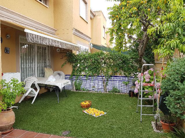Imagen 1 Inmueble 238535 - Casa Adosada en venta en Guadalajara / Cerca centro de salud Manantiales