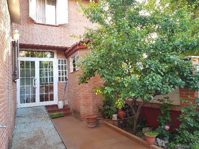 Imagen 1 Inmueble 239375 - Casa Adosada en venta en Guadalajara / Cerca calle Méjico