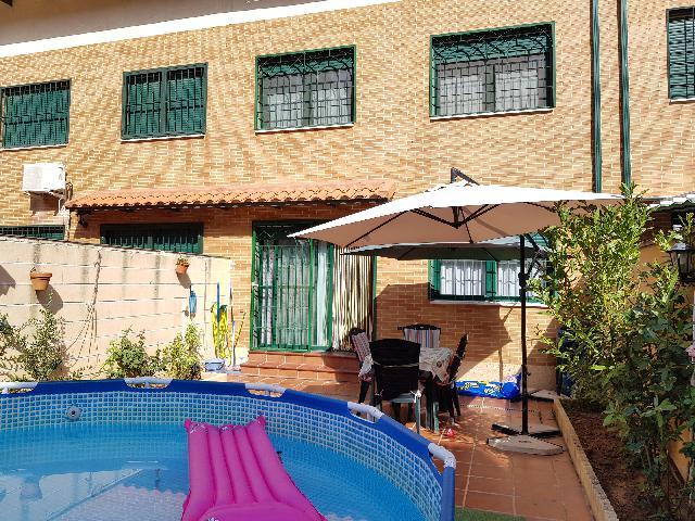 Imagen 1 Inmueble 241487 - Casa Adosada en venta en Alovera / Entrada Alovera