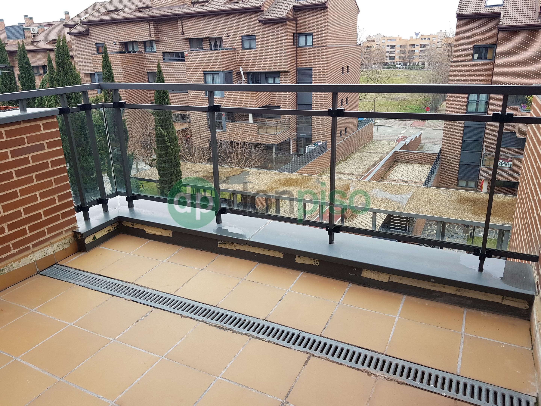 Imagen 1 Dúplex en venta en Yebes / Urbanización Urbalia