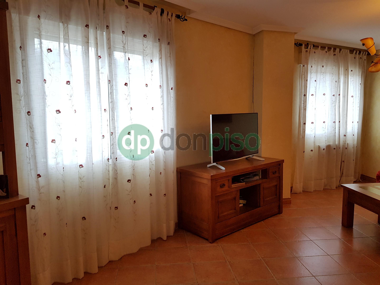 Imagen 4 Casa Adosada en venta en Guadalajara / Pedanía de Valdenoches