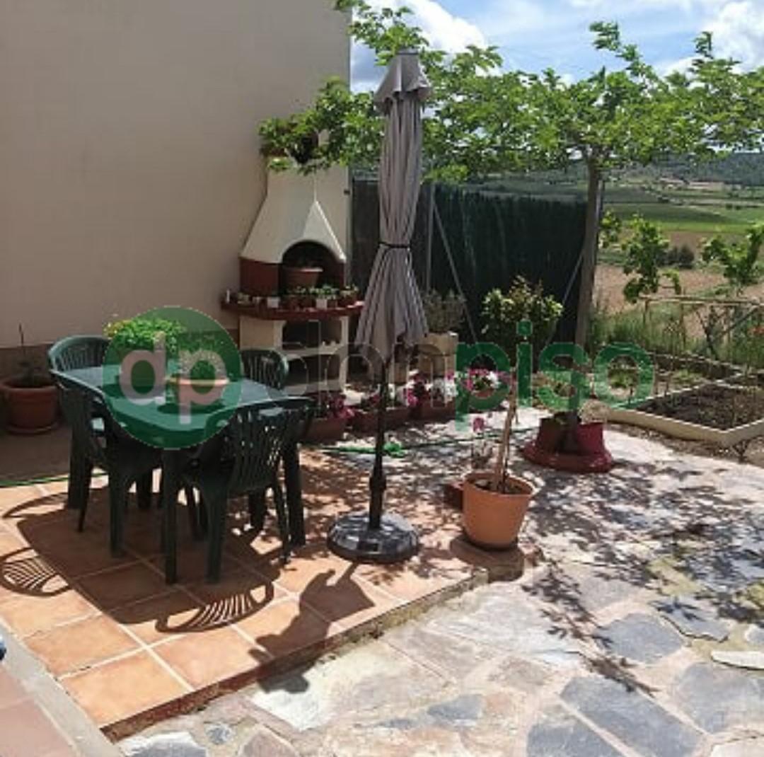 Imagen 1 Casa en venta en Armuña De Tajuña / Casco urbano Armuña de Tajuña