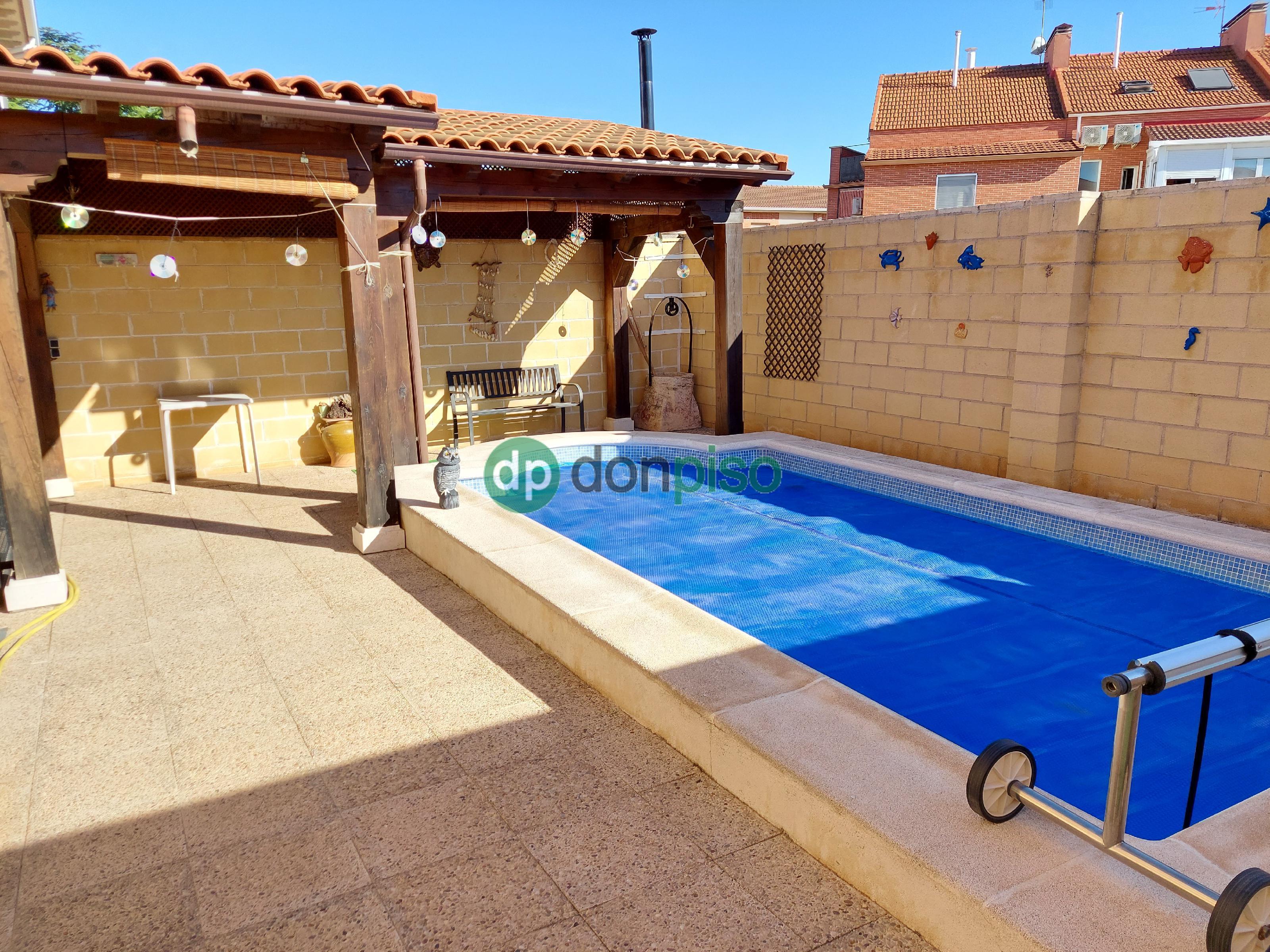 Imagen 2 Casa Pareada en venta en Cabanillas Del Campo / Cerca Ies Ana María Matute
