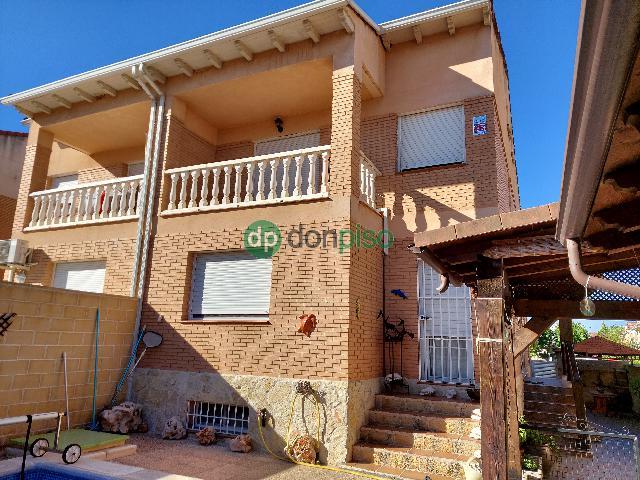 Imagen 1 Inmueble 246200 - Casa Pareada en venta en Cabanillas Del Campo / Cerca Ies Ana María Matute