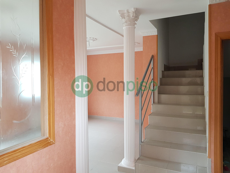 Imagen 2 Casa Pareada en venta en Cabanillas Del Campo / Cerca Don Market