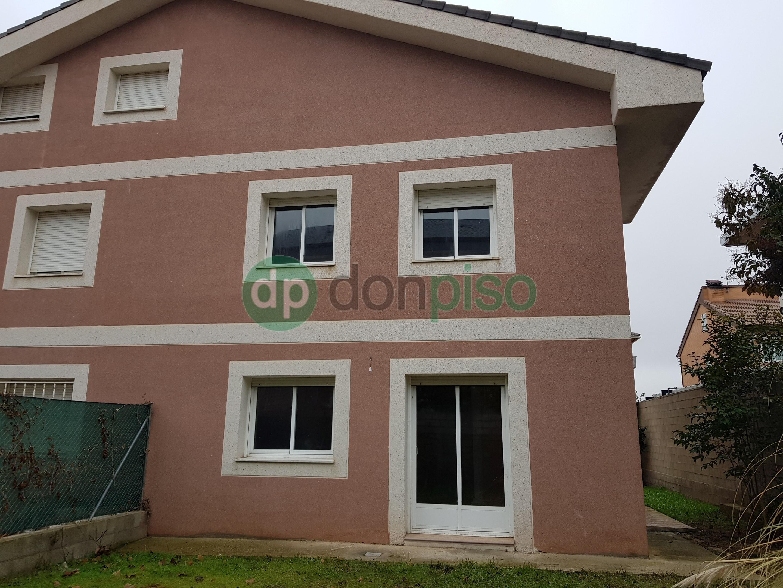 Imagen 1 Casa Pareada en venta en Cabanillas Del Campo / Cerca Don Market