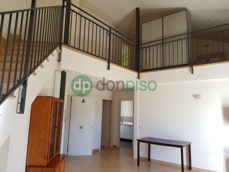 Imagen 1 Casa Adosada en venta en Heras De Ayuso / En casco urbano