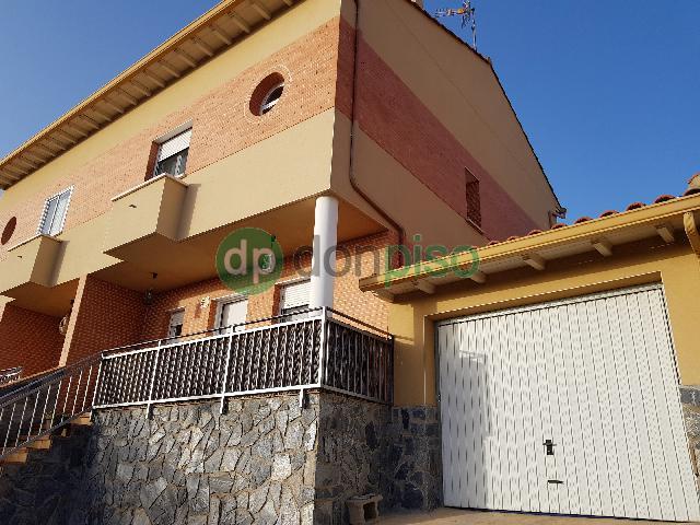 Imagen 1 Inmueble 246800 - Casa Pareada en venta en Mondéjar / Cerca Avda circunvalación