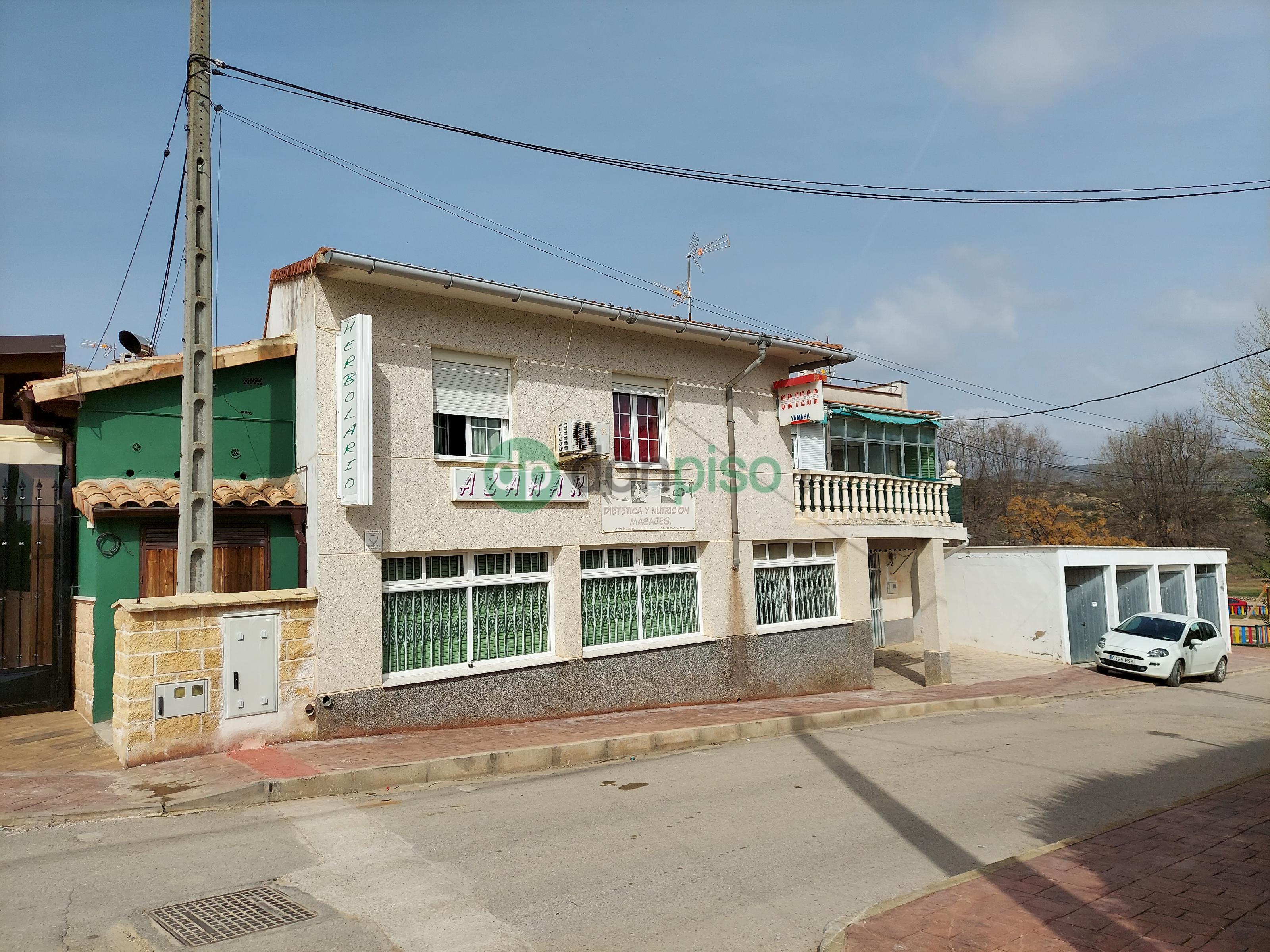 Imagen 2 Casa en venta en Sacedón / Junto Plaza de Toros