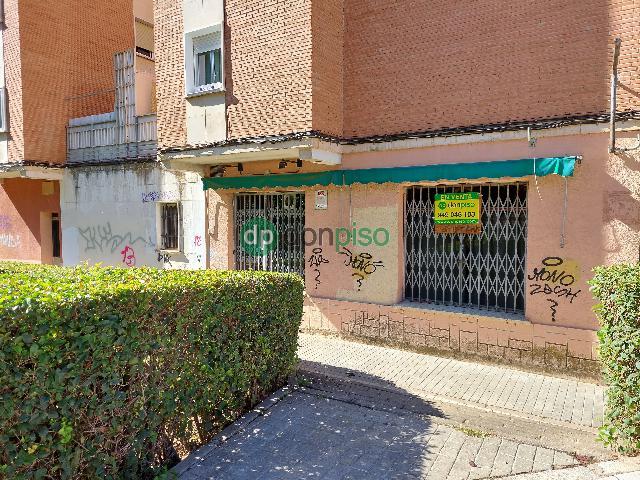 Imagen 1 Inmueble 248300 - Local Comercial en venta en Guadalajara / En frente del Zampa