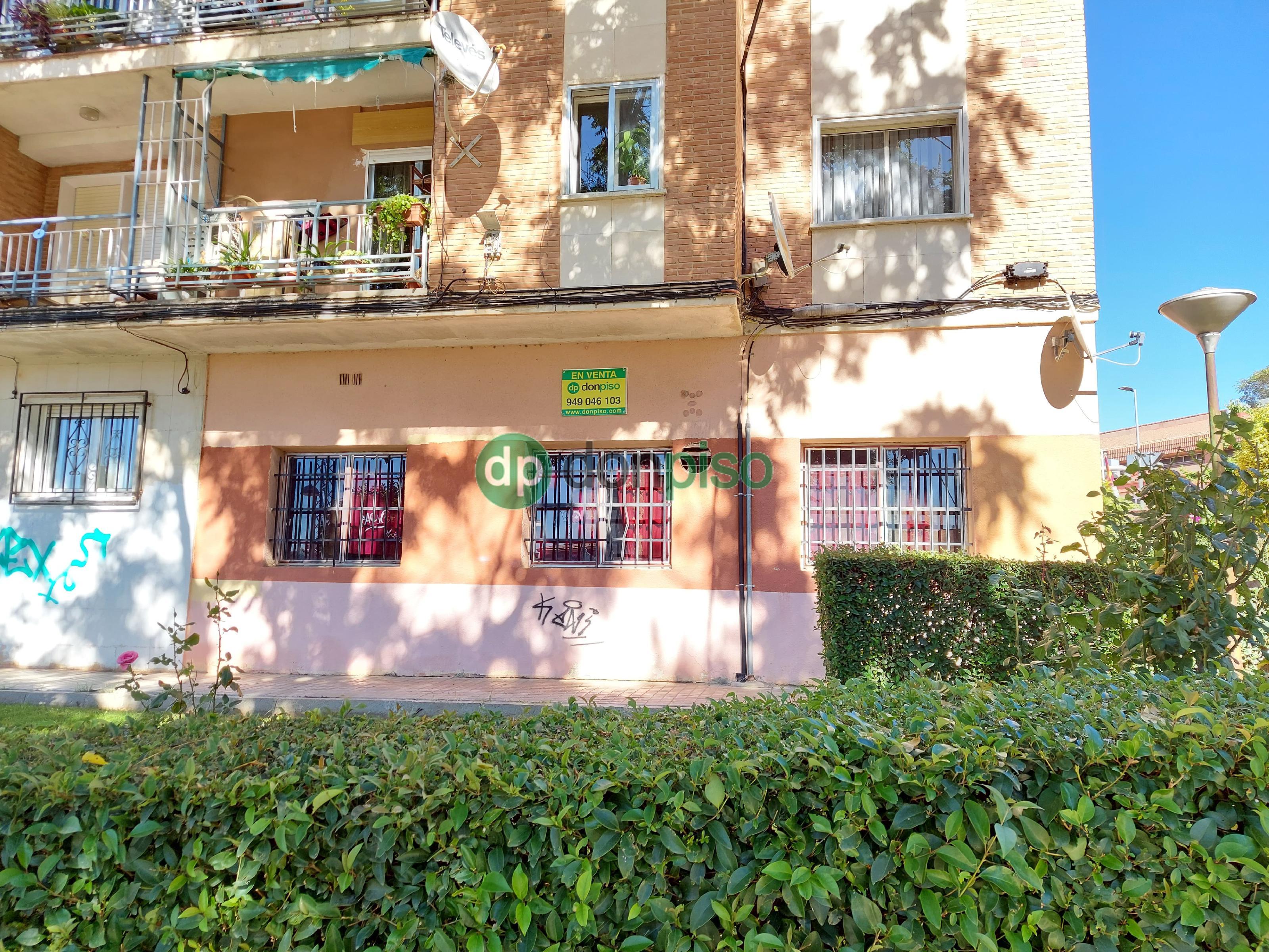 Imagen 2 Local Comercial en venta en Guadalajara / En frente del Zampa