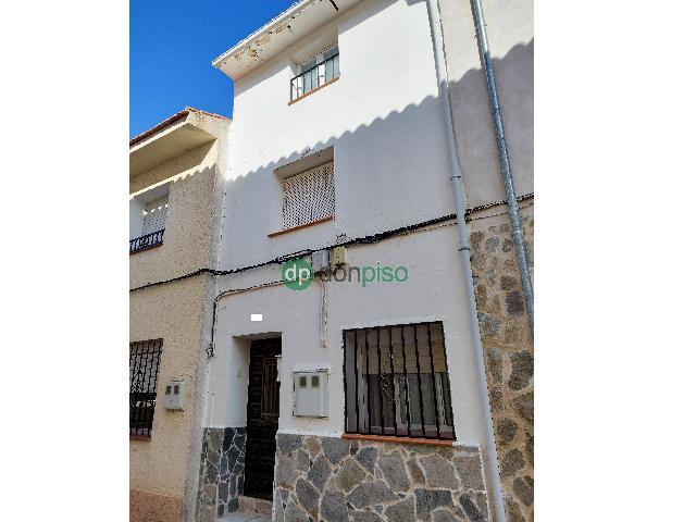 Imagen 1 Inmueble 248323 - Casa en venta en Albares / Centro casco urbano