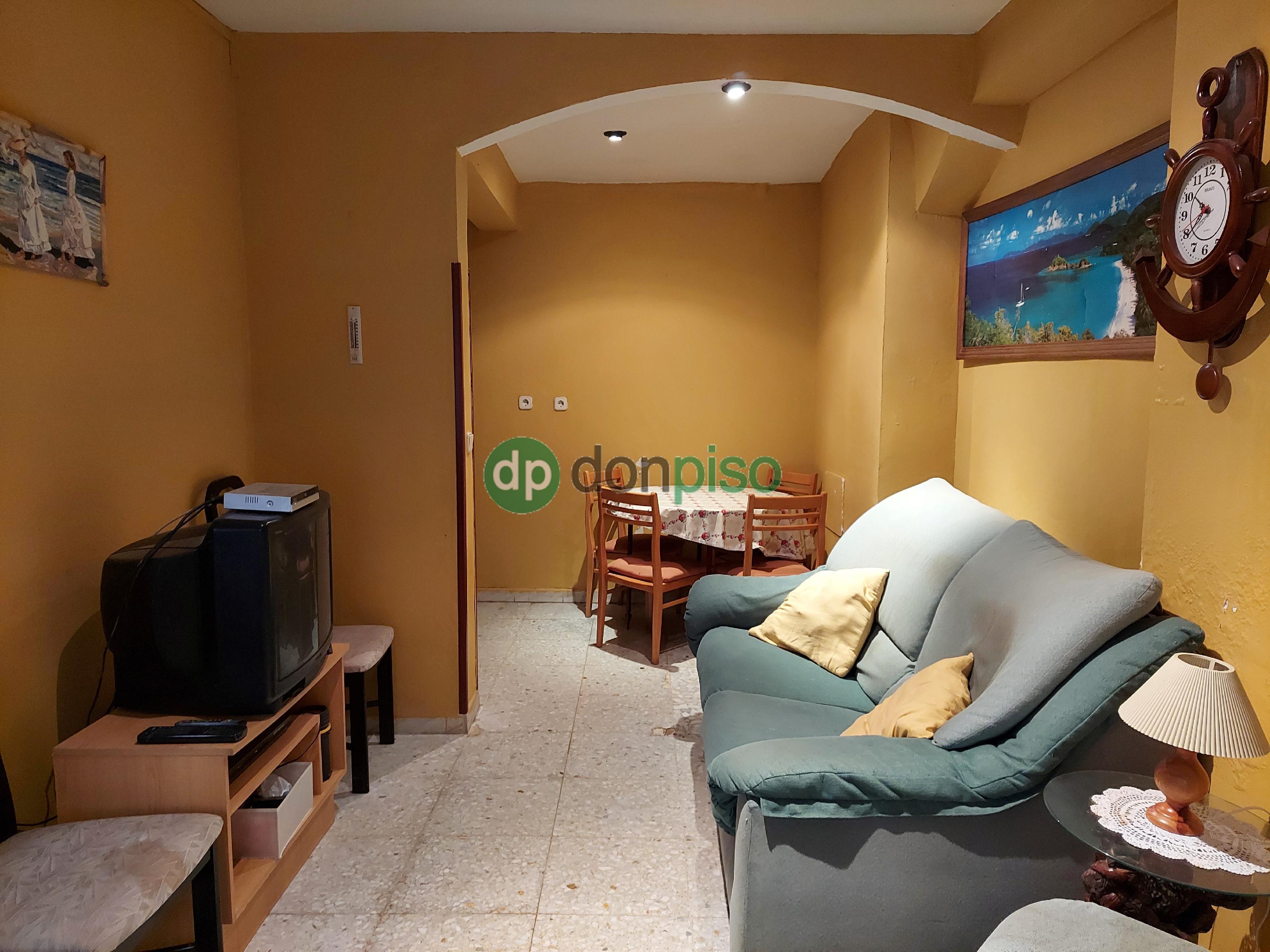 Imagen 3 Casa en venta en Albares / Centro casco urbano
