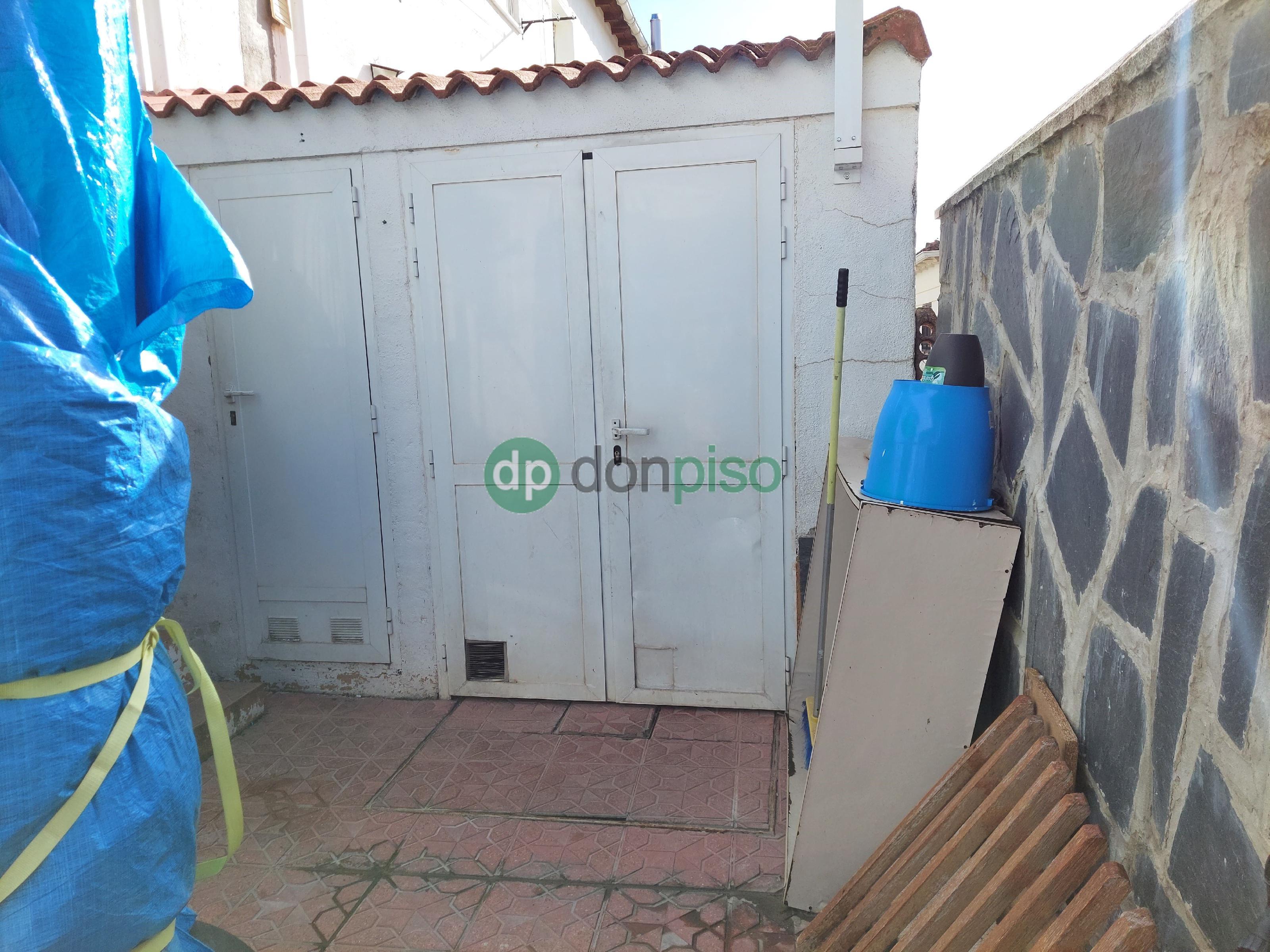 Imagen 3 Casa Adosada en venta en Horche / Cerca de Plaza de Toros