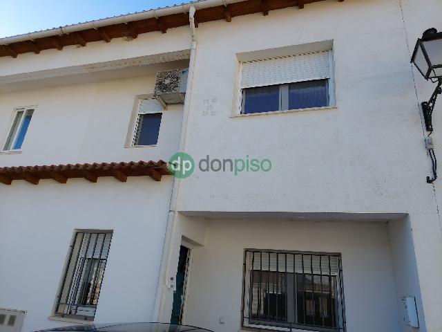 Imagen 1 Inmueble 248330 - Casa Adosada en venta en Horche / Cerca de Plaza de Toros