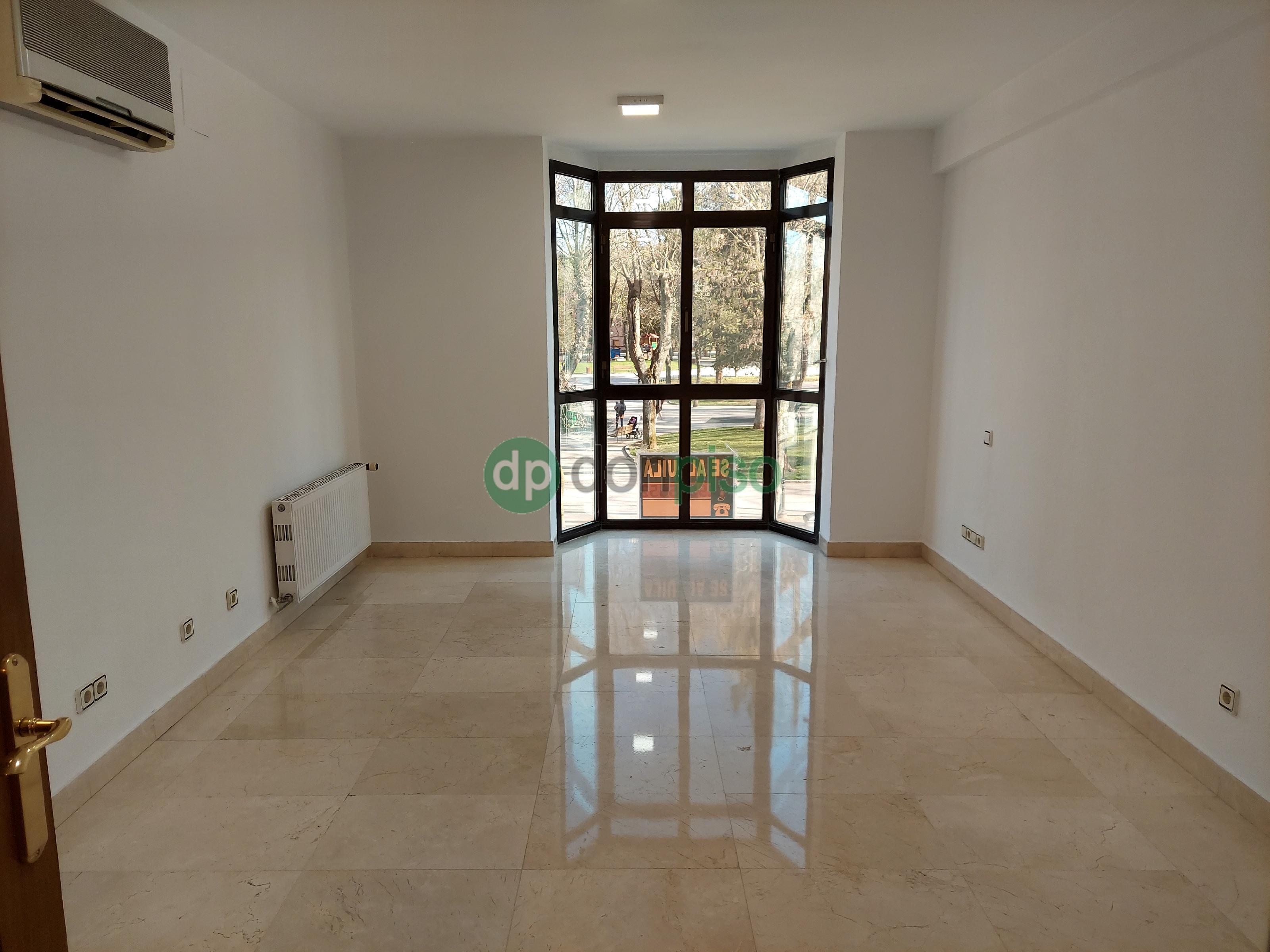 Imagen 4 Piso en alquiler en Guadalajara / Entre Santo Domingo y Bejanque