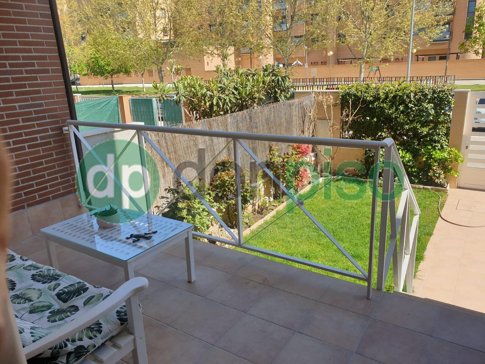 Imagen 2 Casa Adosada en alquiler en Azuqueca De Henares / Zona Plaza 3 de Abril