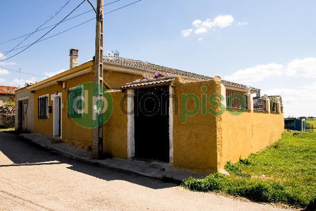 Imagen 1 Inmueble 249050 - Casa en venta en Gajanejos / Pueblo de Gajanejos