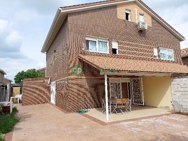 Imagen 1 Inmueble 249461 - Casa Pareada en venta en Cabanillas Del Campo / Cerca La Quinta