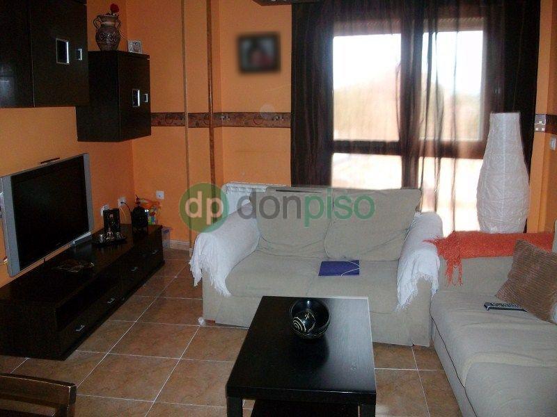 Imagen 3 Dúplex en venta en Villanueva De La Torre / Casco antiguo Villanueva