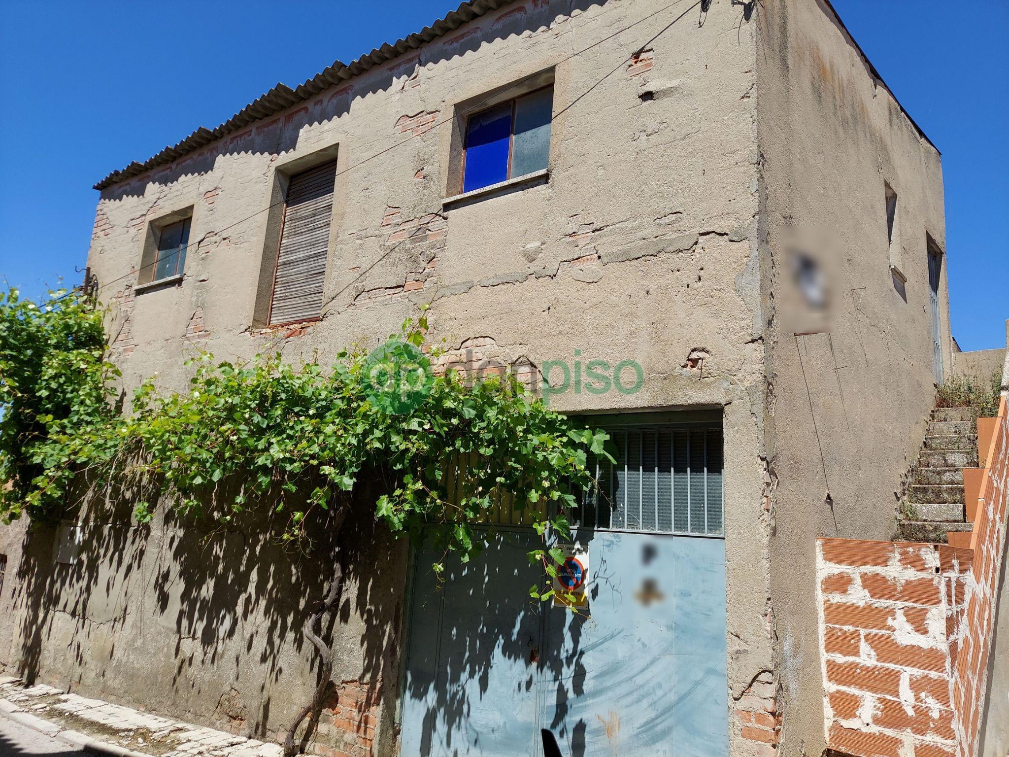 Imagen 1 Local Industrial en venta en Guadalajara / Centro del pueblo