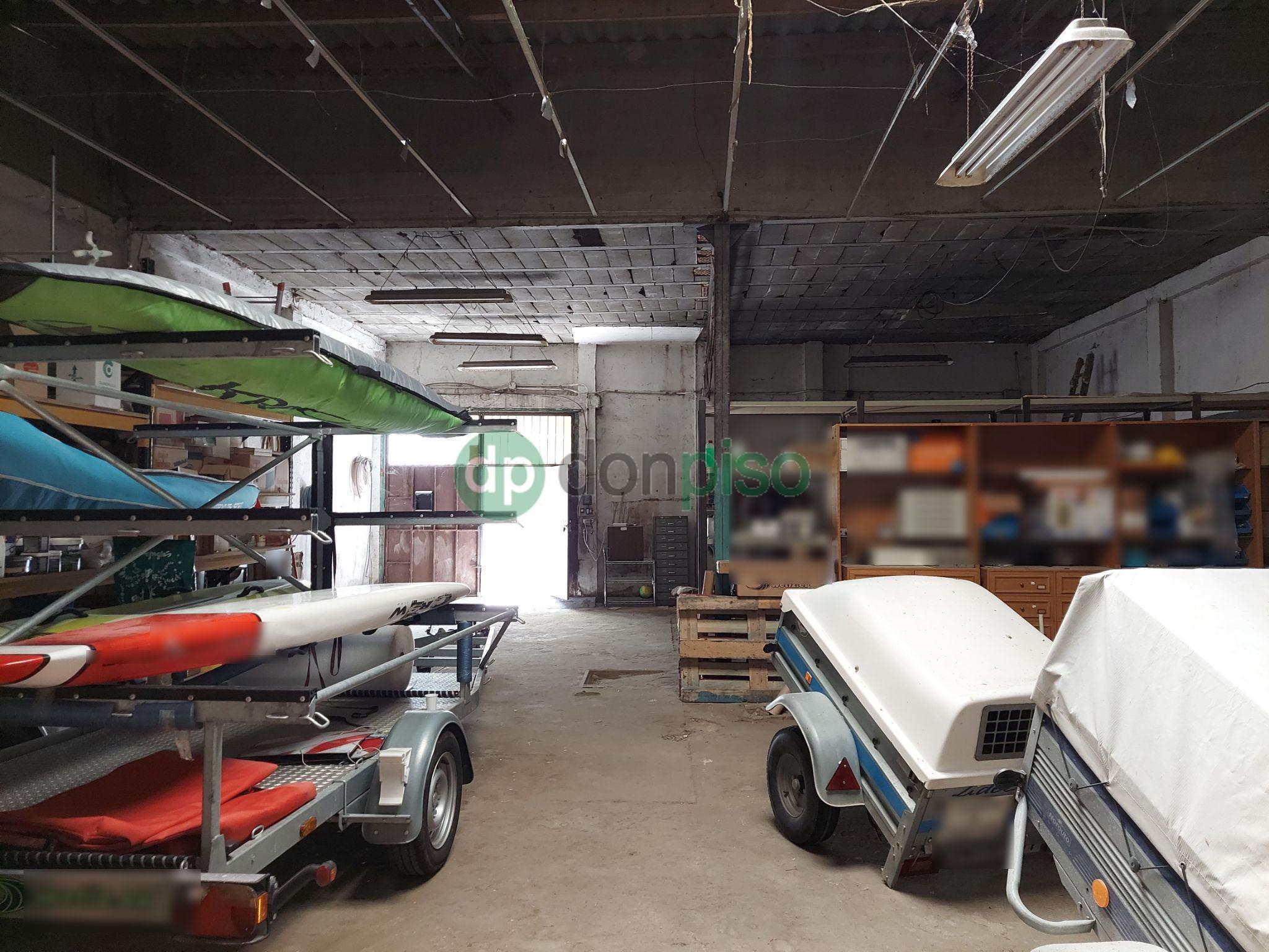Imagen 4 Local Industrial en venta en Guadalajara / Centro del pueblo