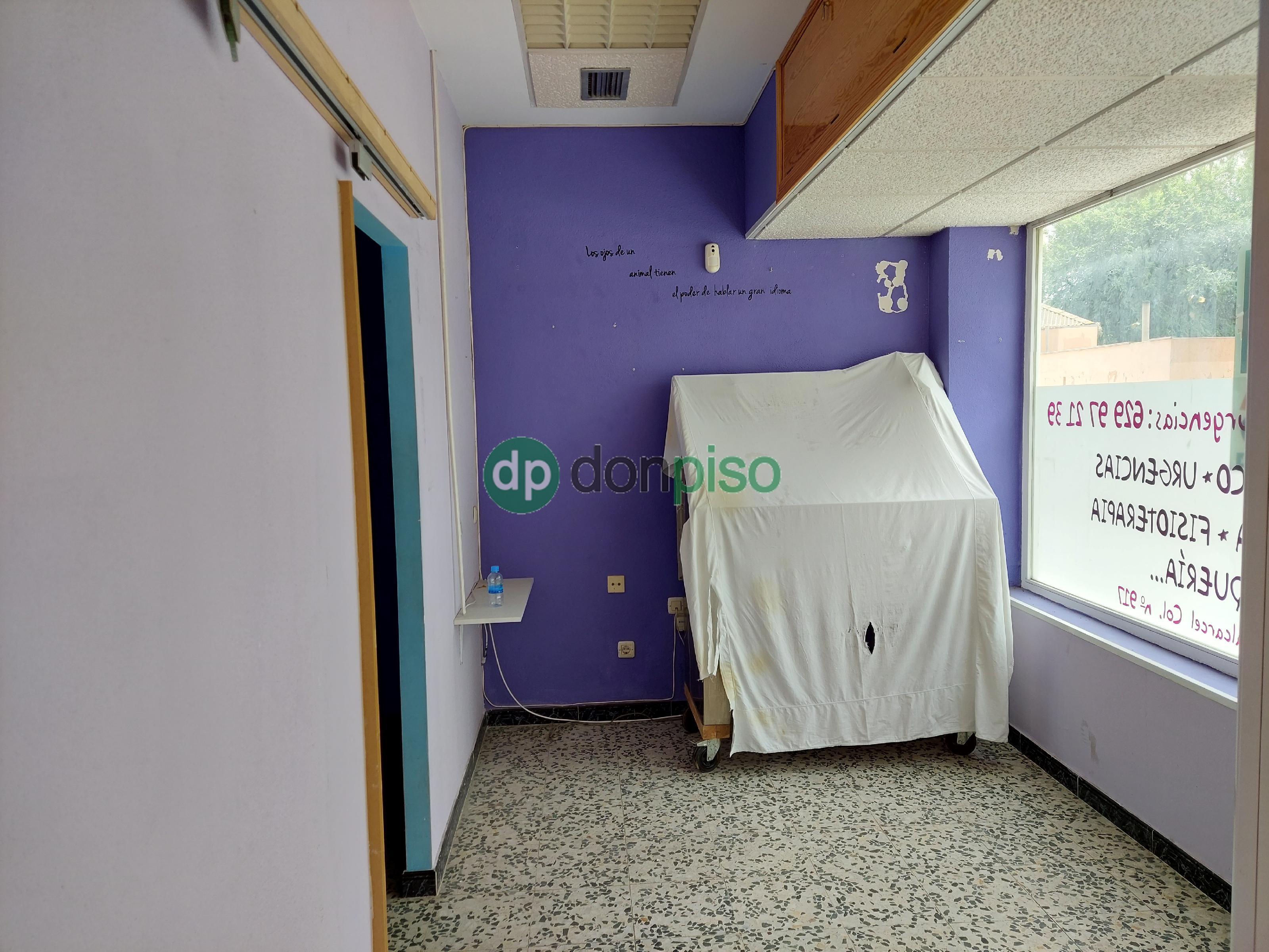 Imagen 3 Local Comercial en alquiler en Guadalajara / Enfrente Parque Amistad